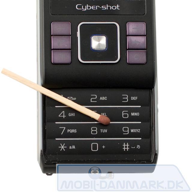 Sony-Ericsson-C905i-10.jpg