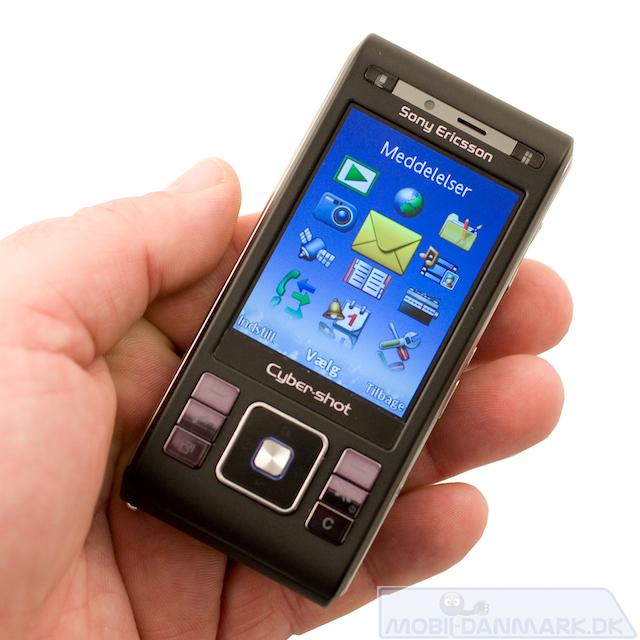 Sony-Ericsson-C905i-3.jpg