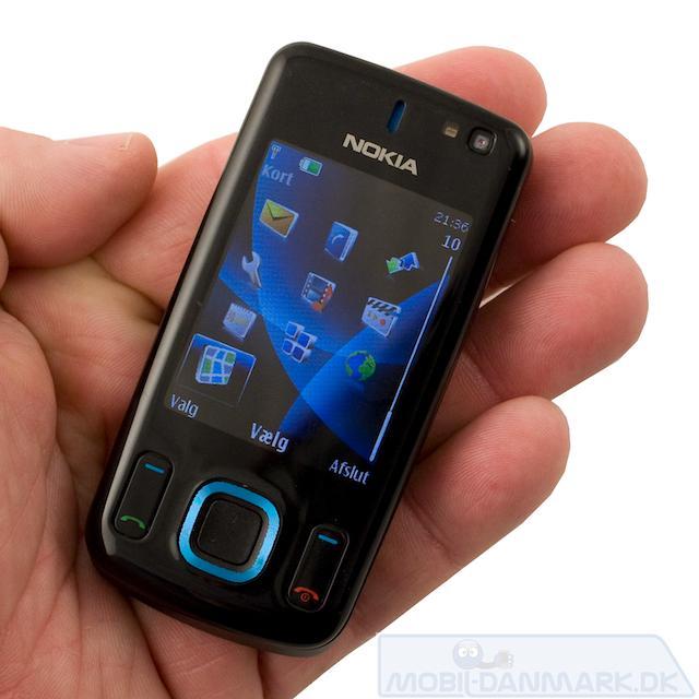 6600 Slide er en fiks lille telefon