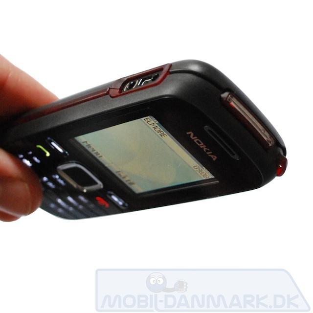 Nokia-1661-lygte-stik-i-haand.jpg