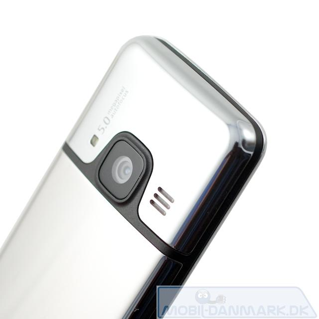 Kameraet med højtaler og lysdiode