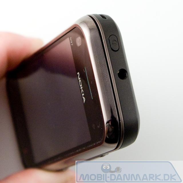 Toppen af telefonen med 3,5 mm jackstik