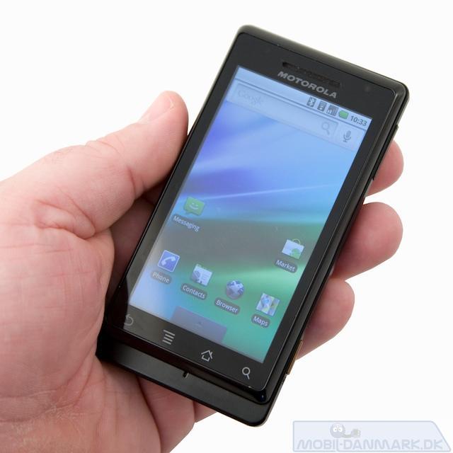 Milestone ikke en helt lille telefon