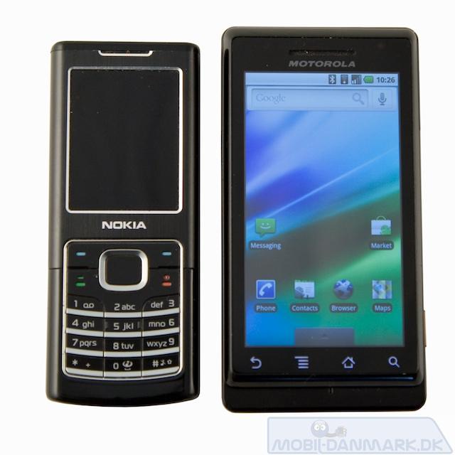 Nokia 6500 Classic ved siden af Milestone