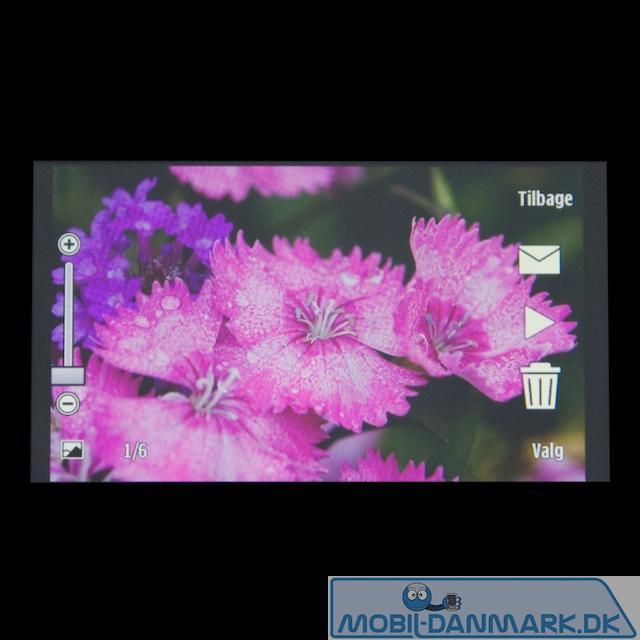 Billedet viser meget godt skærmens farver