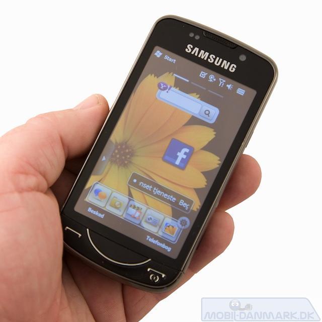 OmniaPRO er ikke en lille telefon