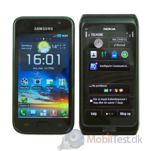 Galaxy S ved siden af E7
