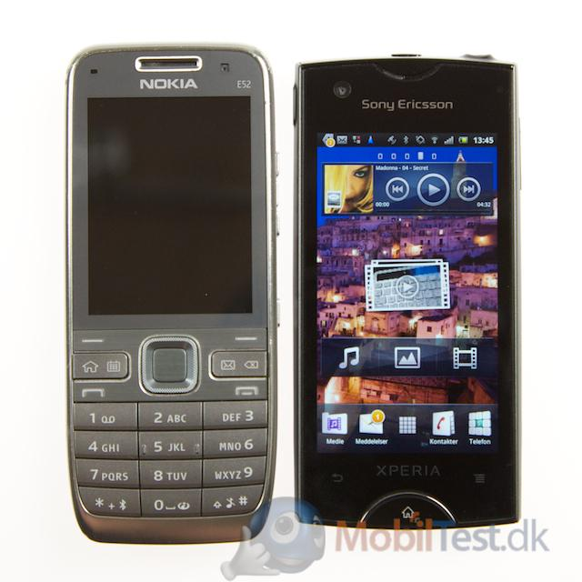 Nokia E52 ved siden af Xperia Ray