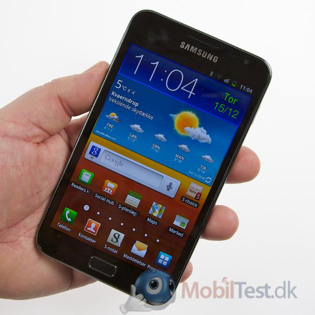 Galaxy Note er en stor mobil i hånden