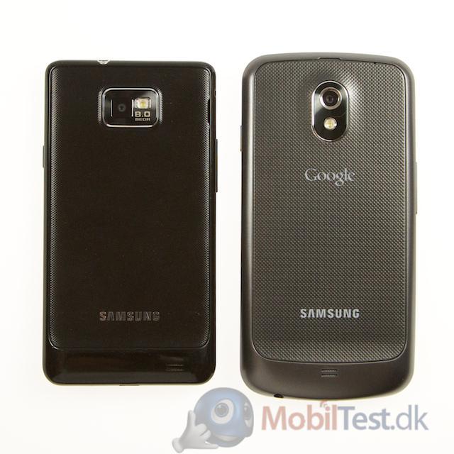 Bagsiden af Galaxy SII og Galaxy Nexus