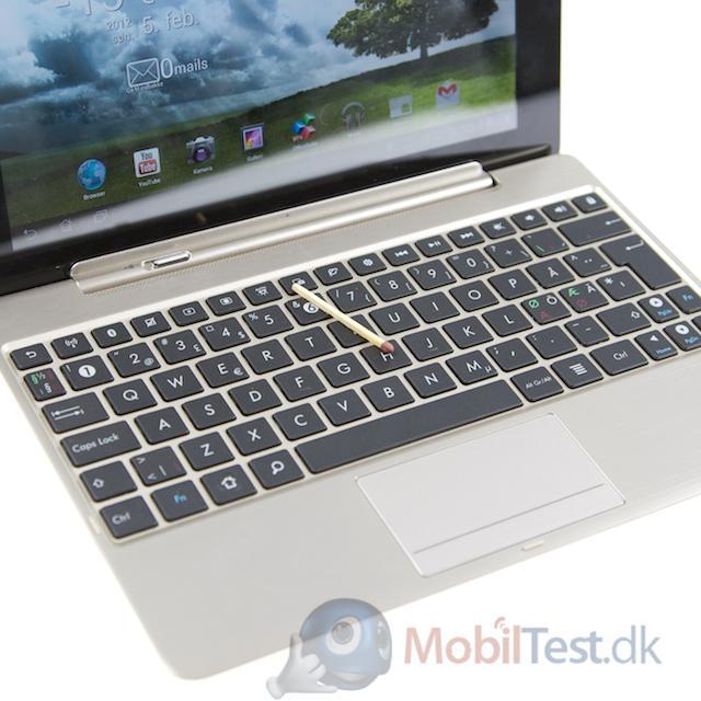 lodret streg tastatur