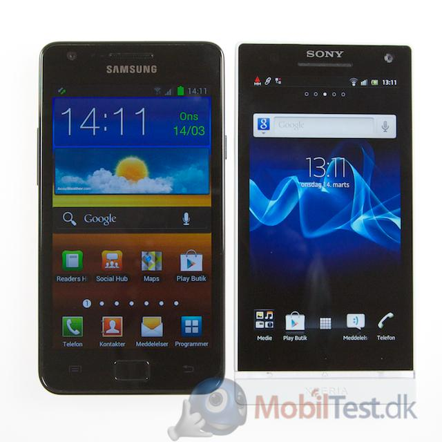 Samsung Galaxy SII ved siden af Xperia S