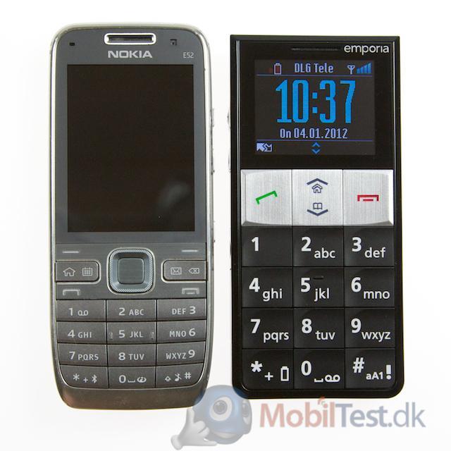 Essence plus ved siden af Nokia E52