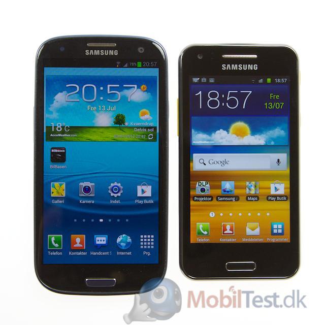 Galaxy S3 ved siden af Galaxy Beam