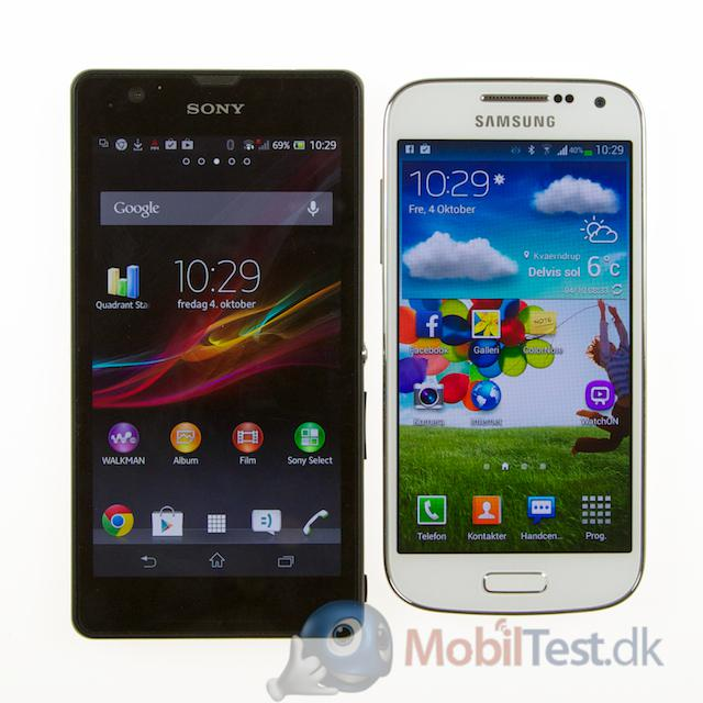 Xperia ZR og Galaxy S4 Mini
