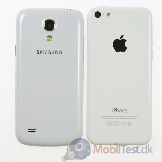 Bagsiden af S4 Mini og iPhone 5C