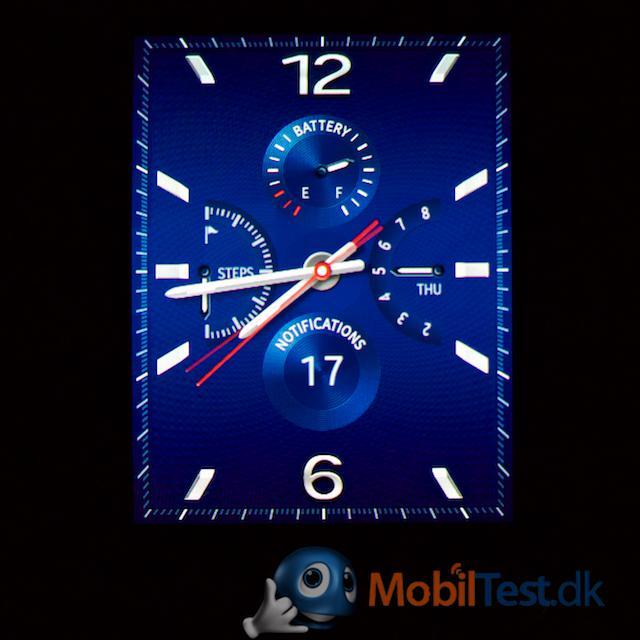 Flot, klassisk, blå urskive