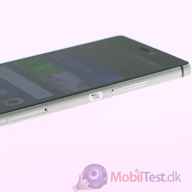 Huawei P8 set fra venstre side