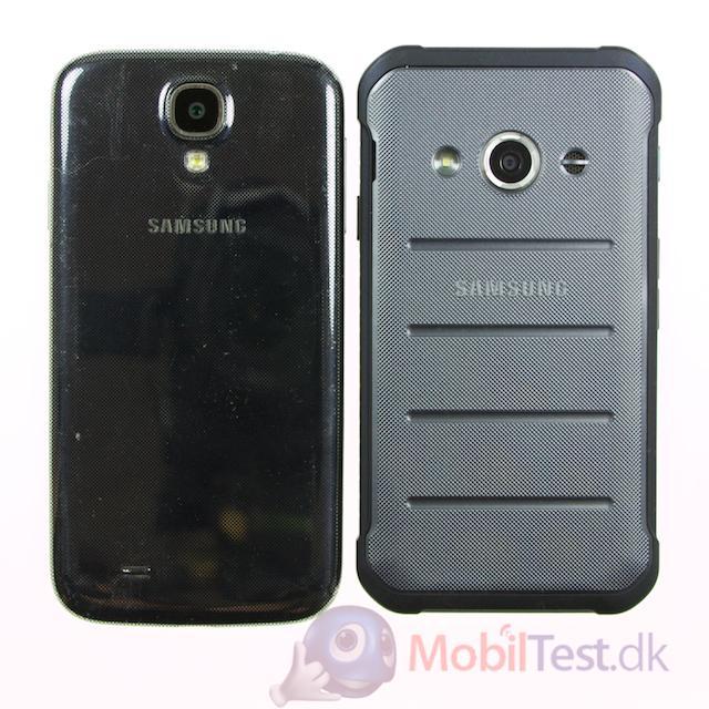 Bagsiden af Galaxy S4 og Xcover 3