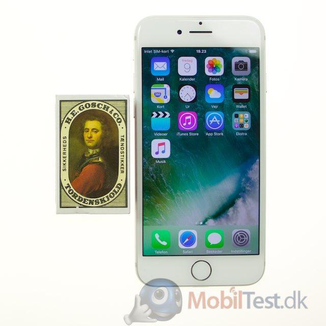 iPhone 7 og tændstikæske