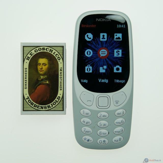 Nokia 3310 med tændstikæske