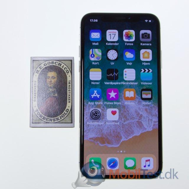 iPhone X med tændstikæske