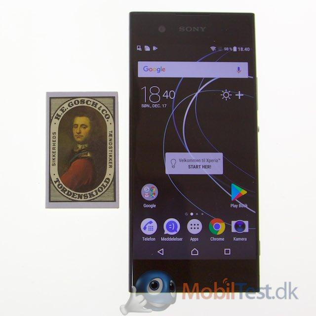 Sony XA1 med Tændstikæske